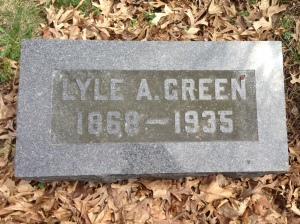 Lyle Green tombstone