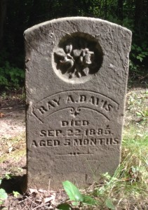 Ray Davis tombstone