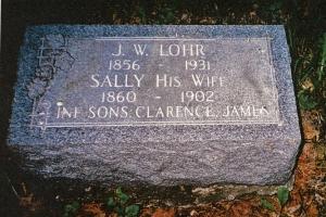 photo of Lohr family tombstone