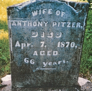 photo of Pitzer, Margaret - tombstone