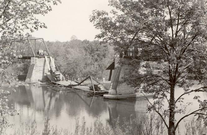Collapse of Fox River bridge