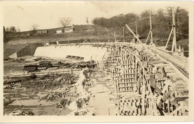 building the Dayton dam