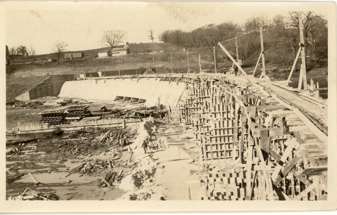 building the Dayton dam