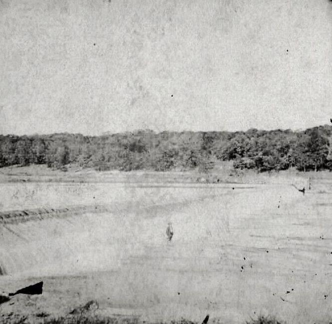 Dam across Fox River at Dayton